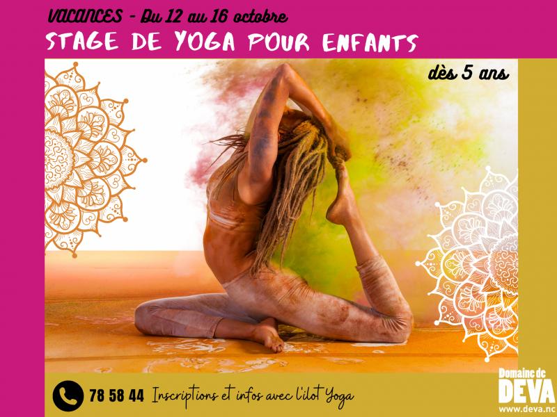 Vacances scolaires au Domaine de Déva avec un stage de Yoga pour les enfants.