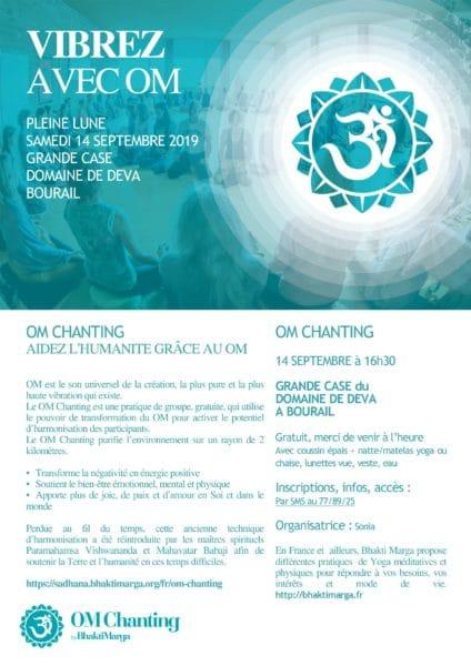 Le Domaine de Déva accueille le OM Chanting dans la Grande Case. Paix et sérénité au programme.